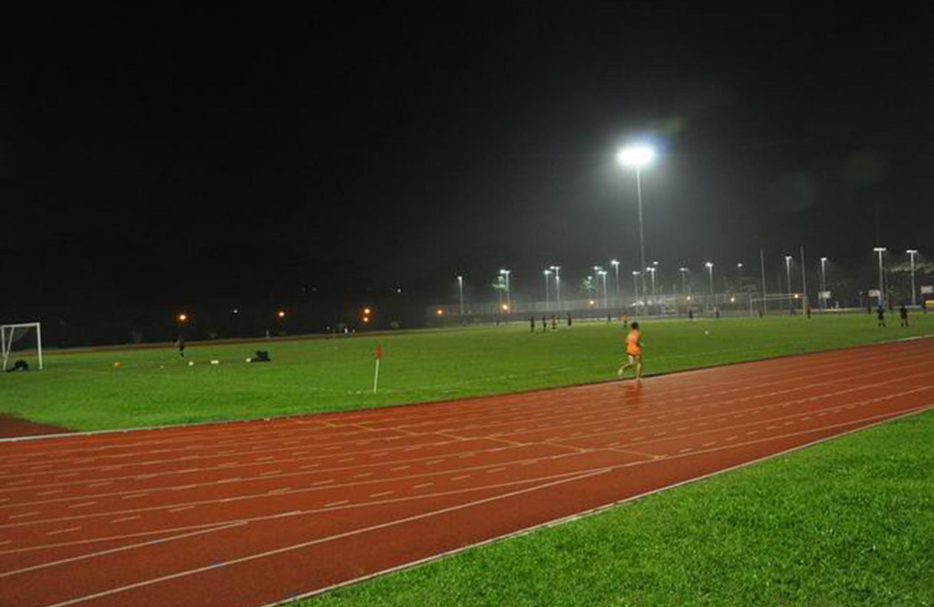 北京第八中学操场照明工程